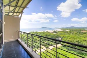 Ocean View La Perla Condo 161, Tamarindo