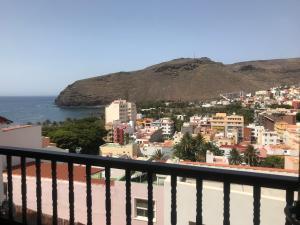 Vista al mar y montaña, San Sebastian de la Gomera