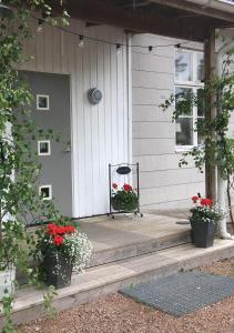 Lägenhet Elofstorps Gamla Missionshus - Accommodation - Kristinehamn