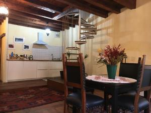 Appartamento delle Erbe - AbcAlberghi.com