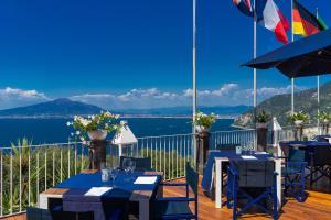 Hotel Torre Barbara - AbcAlberghi.com