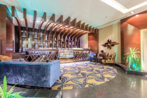 Almuhaidb Faisaliah Hotel Suites, Aparthotels  Riad - big - 14
