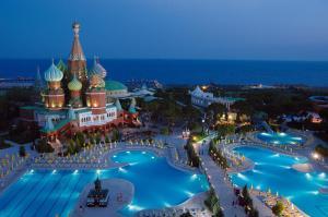 Курортный отель WOW Kremlin Palace