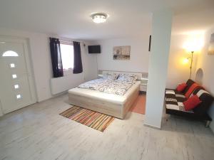 Hévíz-Egregy Vendégház, Apartments  Hévíz - big - 58