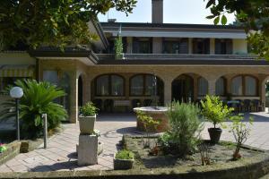 Villa Manuela - AbcAlberghi.com