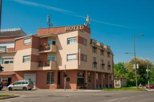 Garni Hotel Vigor, Hotel  Novi Sad - big - 35