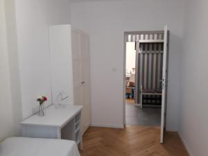 2 Bedroom City Center Apartment
