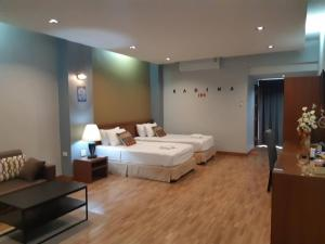 Radina Residence, Отели  Накхонситхаммарат - big - 14