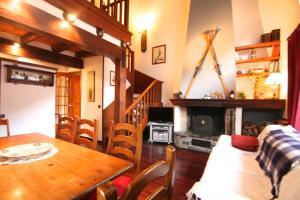 Apartamento rustico con chimenea, Arinsal , Vallnord D2, Arinsal