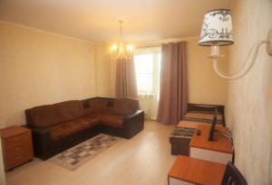 Apartment on 2-Ya Dombrovskaya 27 - Novaya Derevnya