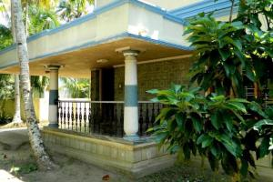 Auberges de jeunesse - 1 BR Homestay in Thangasherry west, Kollam (605F), by GuestHouser