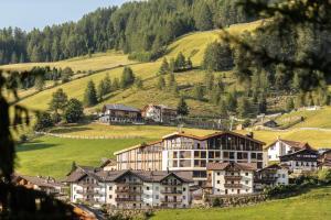 The Panoramic Lodge - Hotel - Sarntal