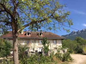 La bâtisse des lacs - Hotel - Saint-Jean-de-Chevelu