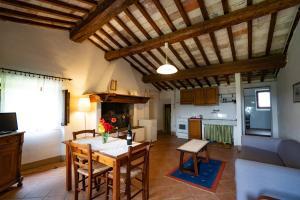 Agriturismo Fattoria Di Gratena, Фермерские дома  Pieve a Maiano - big - 105