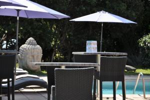 Hôtel de la Vierge Noire, Hotel  Sainte-Maxime - big - 33