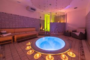 Hotel Palma Benessere - AbcAlberghi.com