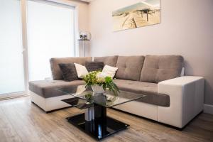 West Coast Luxury Apartment