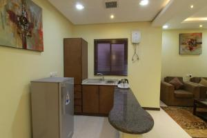 Ronza Land, Residence  Riyad - big - 8