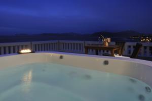 Superior Suite mit Terrasse und Whirlpool