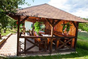 Rustic Argesean, Guest houses  Corbeni - big - 29