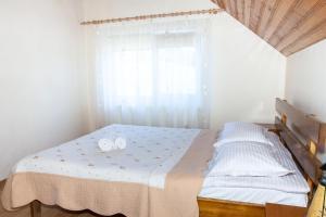 Rustic Argesean, Guest houses  Corbeni - big - 22