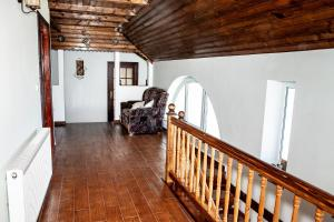 Rustic Argesean, Guest houses  Corbeni - big - 40