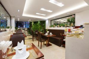 Splendid Holiday Hotel, Hotely  Hanoj - big - 42