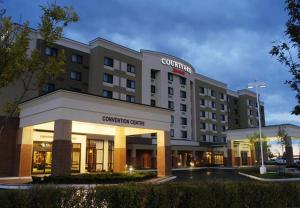 Courtyard by Marriott Toronto Brampton - Hotel