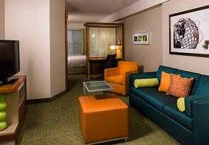 SpringHill Suites by Marriott New York LaGuardia Airport - Hotel - Queens