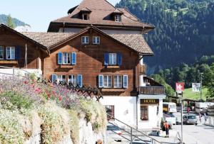 Ferienwohnung Bahnhöfli - Apartment - Lauterbrunnen