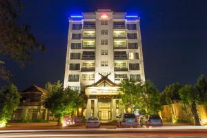 Yeak Loam Hotel, Szállodák - Banlung