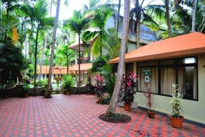 Auberges de jeunesse - 1 BR Guest house in Chowara Beach, Kovalam (BAC6), by GuestHouser