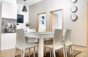 Best Time Apartments - Warsaw