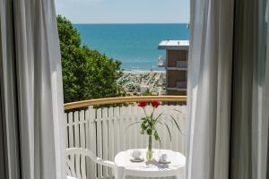 Easy Living Hotel Salus - AbcAlberghi.com