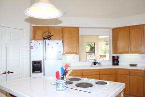 569 Quail Run Home Home, Nyaralók  Borrego Springs - big - 16