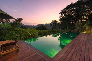 Kings Pavilion Luxury Hotel - ..