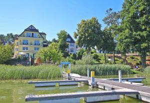 Pension direkt am See _ Fuerstenbe - Altglobsow