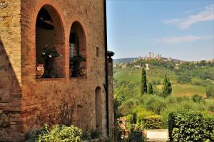 La Macina - San Gimignano View Apartment - AbcAlberghi.com