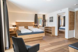 Hotel Grimsel Passhöhe, Отели  Обервальд - big - 57