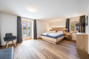 Hotel Grimsel Passhöhe, Отели  Обервальд - big - 60