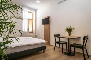 Ubytovna U Kašny, Hostely  Uherské Hradiště - big - 9