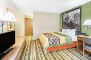 Super 8 by Wyndham Grayling, Hotels  Grayling - big - 20