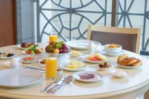 The Grand Gloria Hotel, Hotely  Batumi - big - 36