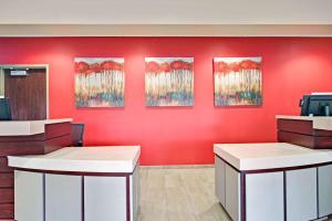 Ramada by Wyndham Columbus Hotel & Conference Center