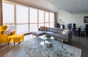 Frank Porter - Al Bateen Residence - Dubai
