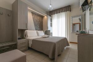 Hotel Deborah - AbcAlberghi.com