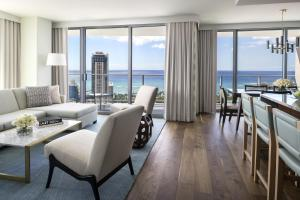 The Ritz-Carlton Residences Waikiki Beach (23 of 72)