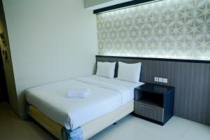 Best Location Studio Room Atria Residence Apartment Gading Serpong By Travelio