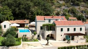 Kameni Dvori - Holiday Home