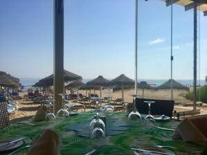 Marbella Beach Resort at Club Playa Real, Apartmanok  Marbella - big - 84